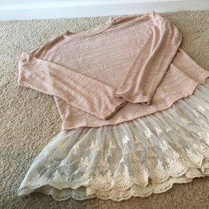 Peach top with lace under lay